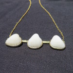 Fragile Jamaica, Necklace 3 shells, shells from Treasure Beach, brass and shells, 2015,