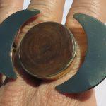 Fragile Jamaica, 2 fingers ring, Lignum Vitae, 2020