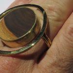 Fragile Jamaica, ring, Lignum Vitae, 2 fingers ring, 2020